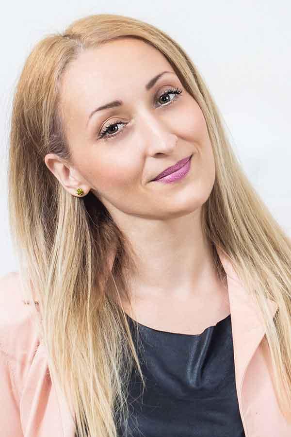Lash-ed-Writer-Dimitra-Gkouzou