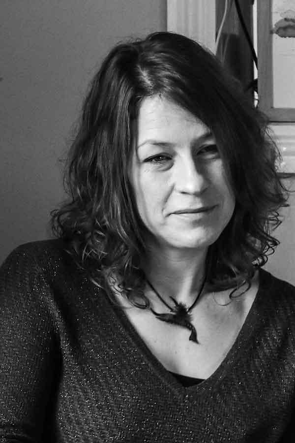 Lash-ed-Writer-Zoe-Thompson